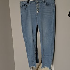 EUC Just USA cropped jeans
